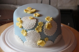 Flowers & Lace Cake
