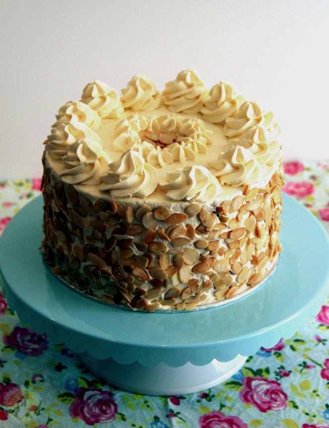 Amaretto Cream Cake 03