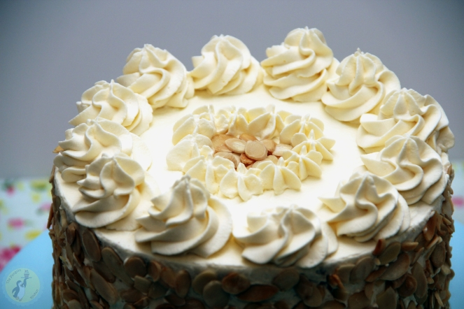 Amaretto Cream Cake 04