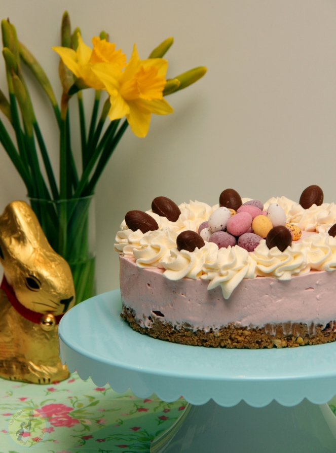 Raspberry Easter Cheesecake 01