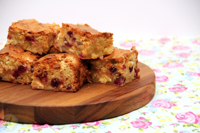 White Chocolate & Raspberry Blondies 01